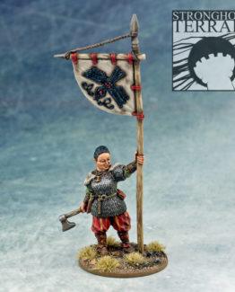 SC27 Dagmar Viking Banner Bearer 1